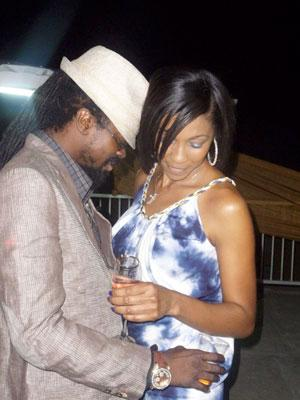 D angel and g whizz dating site